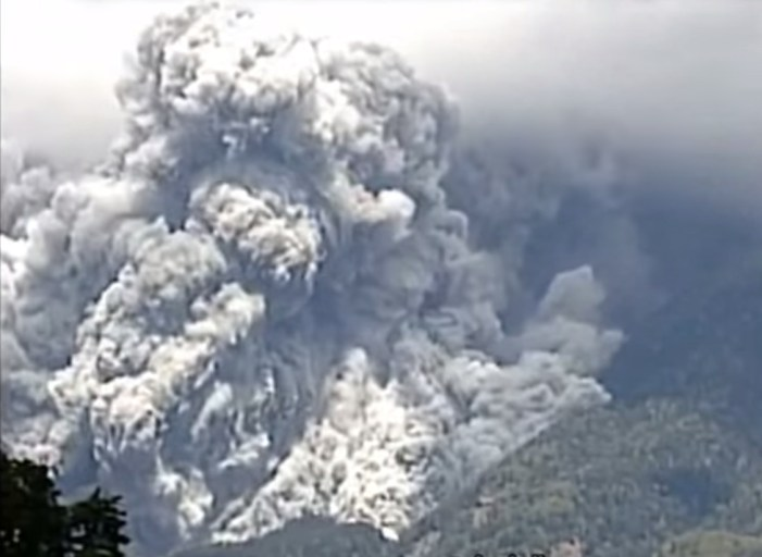 Death Toll Continues to Rise from Mount Ontake Eruption