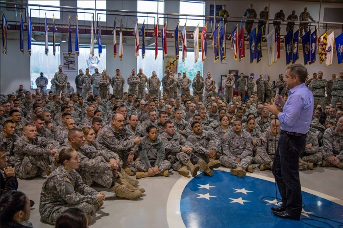Governor Parnell Speaks with Guardsmen at Town-Hall Meeting