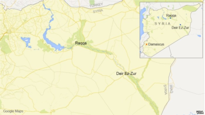 Raqqa Civilians Flee Airstrikes as Kurds, Jihadists Clash