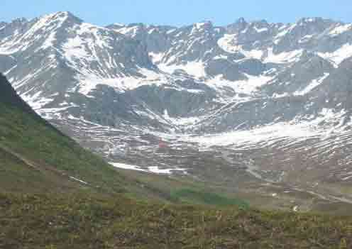 SAR Volunteers Locate Two Stranded Hikers in Hatcher Pass