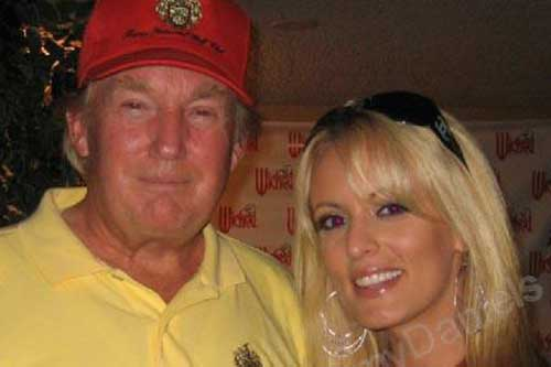 Porn Star Ready to Talk After Trump's Lawyer Admits Payment