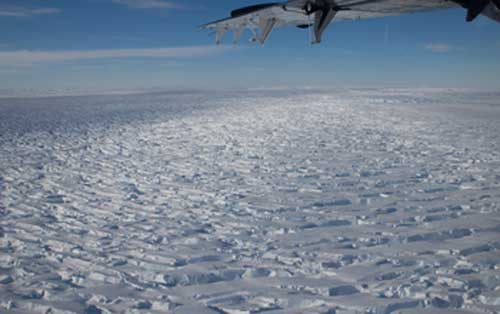 US and UK Join Forces to Understand how Quickly a Massive Antarctic Glacier could Collapse