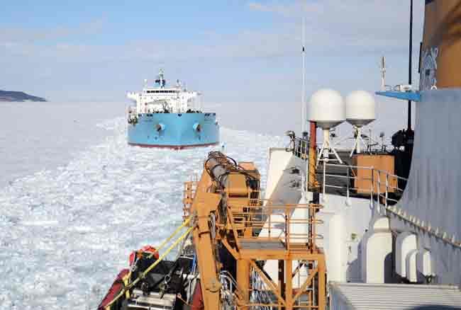 USCGC Polar Star Makes New Zealand Trip