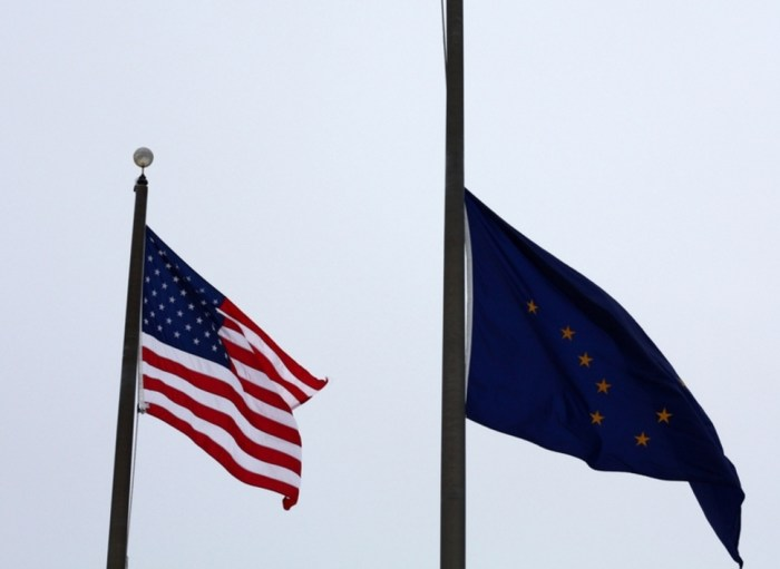 Governor Walker Orders Flags Lowered for Memorial Day
