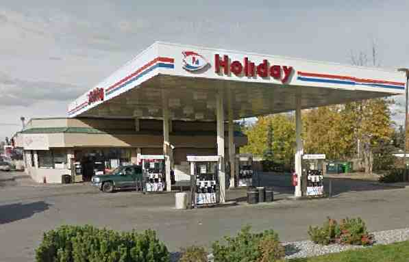 Mountain View Holiday Station Robber Apprehended after Citizen Call Tuesday Morning