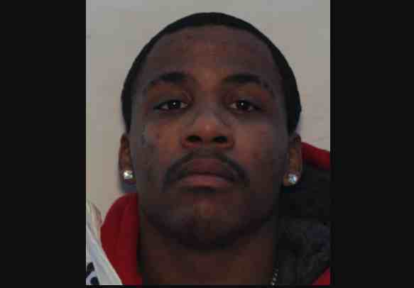 Anchorage Cellphone Thief with Multiple Unrelated Warrants Sought by Anchorage Police