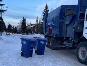 One of Blue Arctic Waste's garbage trucks. Image-Blue Arctic Waste Facebook page
