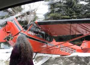 A downed Piper PA 18A in front of Anchorage's Marriott Hotel. Image-Reddit User Affectionate_Wall_54 screenshot
