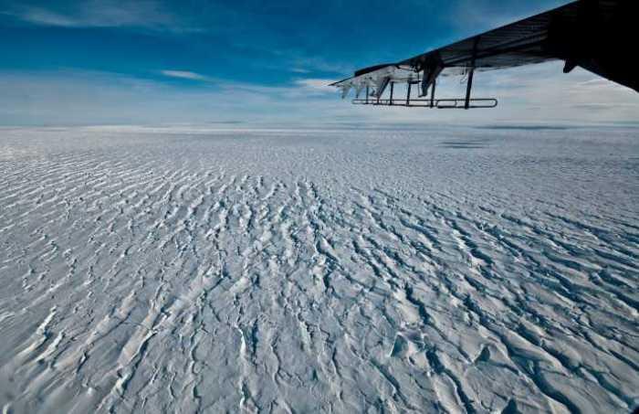 Edge of Pine Island Glacier's Ice Shelf Is Ripping Apart, Causing Key Antarctic Glacier to Gain Speed