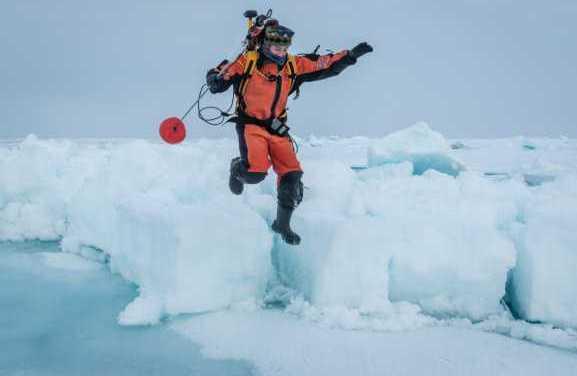 Arctic melt ponds hold climate clues for UAF MOSAiC scientist
