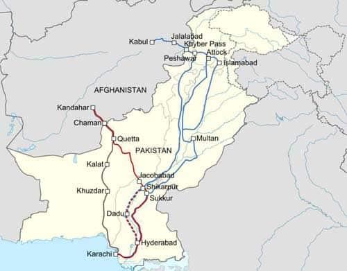 Pakistan Mulls Blocking US Supply Lines Into Afghanistan