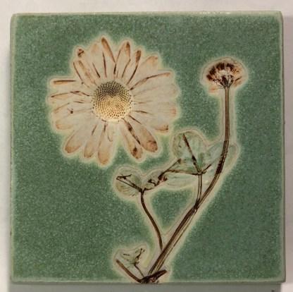 "4"" Daisy Impression Tile"