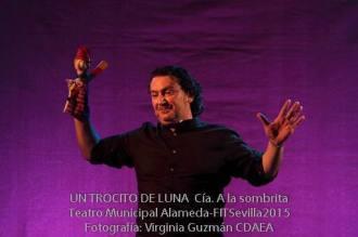 UN-TROCITO-DE-LUNA--A-la-Sombrita--FITSevilla2015--CDAEA-7