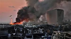 صورة انفجارات بيروت الكبيرة؛ كيف كانت ردود الفعل الاقليمية والدولية؟