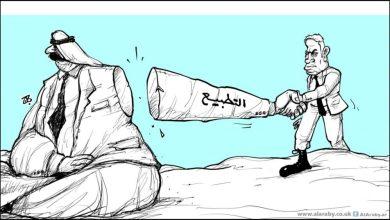 صورة محاولة بائسة لتبرير التطبيع.. العتيبة ينتقد الفلسطينيين : كان يجب عليهم ان يكونوا سعداء لان اتفاقنا مع اسرائيل منع الضم