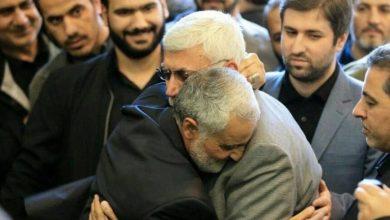 صورة أمريكا تستقتل لإخفاء جريمتها بإفتعال حرب ضد إيران . (( القائدان الشهيدان ما زالا يواصلان الجهاد برسالتهما )) .
