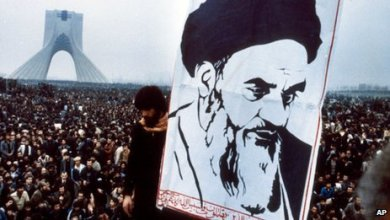 صورة لا شرقية ولا غربية ثورة إسلامية قامت ولم تقعد..