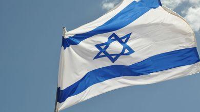 """صورة كيان العدو """"إسرائيلي"""" يلعب بالنار"""