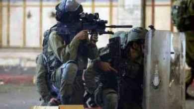 """صورة """"الدولة العُظمى"""" تتهاوى… إسرائيل تعيش أزمة قيادة: ضرب تل أبيب وضواحيها بالصواريخ التي تتحايل على """"القبّة الحديديّة"""" أججّت معضلة الكيان وأكّدت تفوّق المُقاومة بالقطاع وشلَّت الحياة العاديّة في القسم الأكبر من الدولة العبريّة.. نتنياهو وغانتس أوهن من التهديد بإعادة احتلال غزّة"""