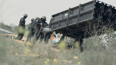 صورة في معركة سيف القدس ليقف كلٌ مع صاحبه