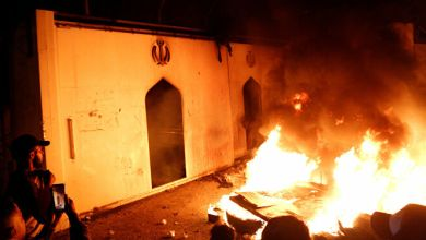صورة مئة شهيد ومصاب في إحراق مستشفى جنوبي العراق؛_  أين الذين تظاهروا يريدون وطن ؟