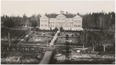 صورة المأساة مستمرة.. العثور على 160 قبراً جديداً بموقع مدرسة داخلية في كندا