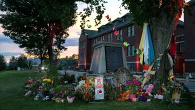 صورة فضيحة القرن في كندا: مقابر سرّيّة لمئات الأطفال