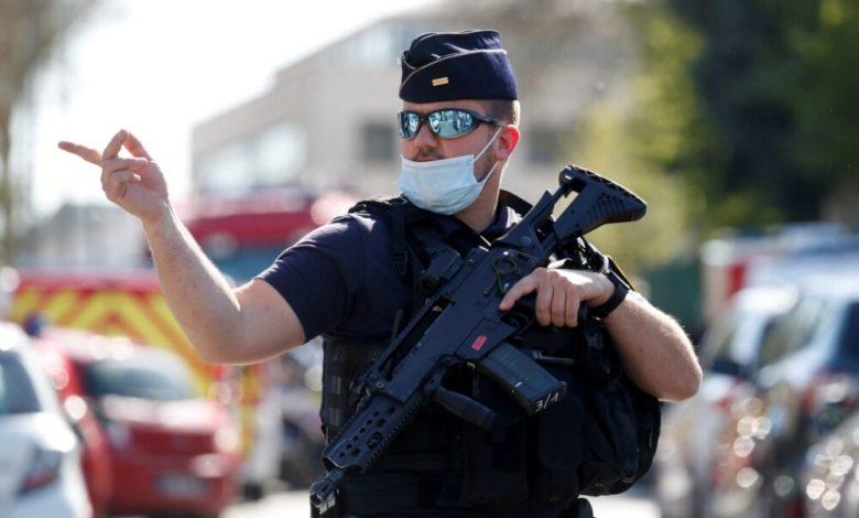 صورة مكافحة الإرهاب في بريطانيا ـ خيارات التعامل مع المقاتلين الأجانب