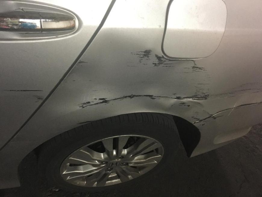 Foto del choque en mi coche