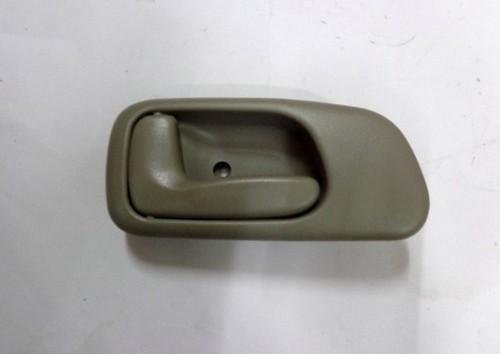 DOOR HANDLE INNER LEFT HAND T/RINO 125HT GREY