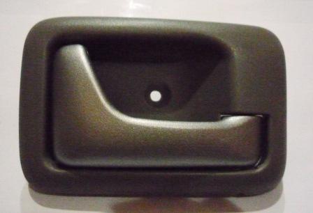 DOOR HANDLE INNER LEFT HAND S/APV ARENA SILVER
