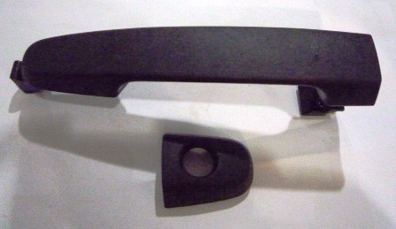 DOOR HANDLE OUTER LEFT HAND T/INNOVA FRONT BLACK