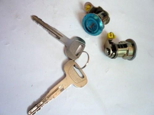DOOR KEY SET T/KIJANG GRAND 1800CC