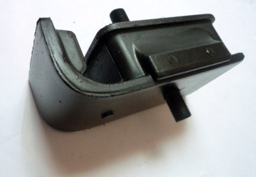 ENGINE MOUNTING M/ PS100