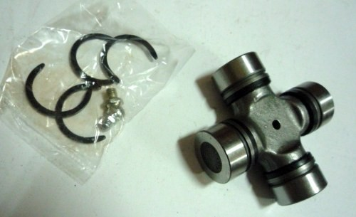 UNIVERSAL JOINT M/PS100