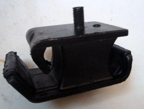 ENGINE MOUNTING S/T120SS