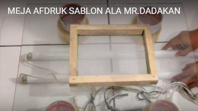Bikin meja afdruk sablon dadakan