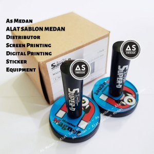 Magnet Rubber Alat Pasang Stiker