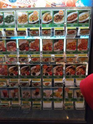 Pilihan Menu Makanan Yang Bisa Diorder di D'Cost