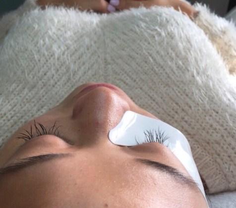 Wimpernverlängerung-Erfahrung