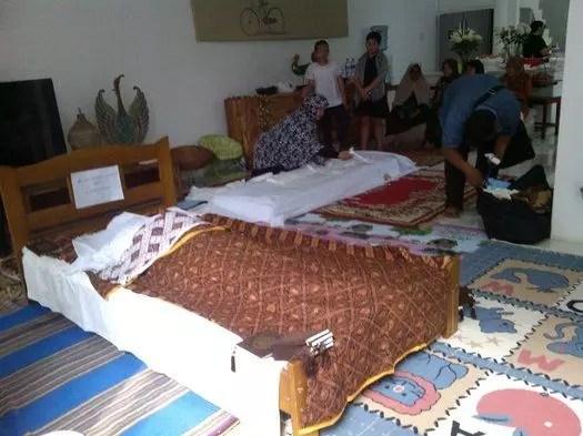 layanan pemulasaran jenazah oleh Al Azhar Memorial Garden