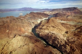 hoover-dam-lowres