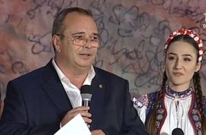 Claudiu Necsulescu, Alexandra Chira 1