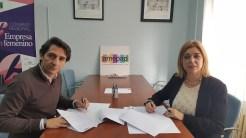 firma convenio AMEPAP y Aguas de Albacete 2