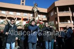 Inicio de la procesión, a las puertas del Asilo de San Antón.