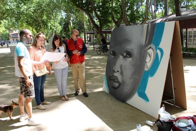 Grafiteros llegados de toda España participan en la  III Exhibición Nacional de Grafitis de Cruz Roja Albacete