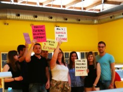 jjoo protesta biblioteca 2