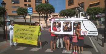 """Greenpeace se moviliza en Albacete por una ciudad """"sin malos humos"""""""