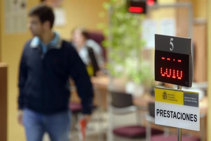 Desciende el desempleo en la provincia de Albacete gracias al sector servicios