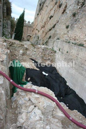 Excavaciones arqueológicas en el Castillo de Almansa.